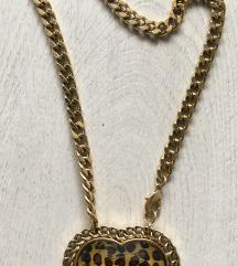 Chain Necklace with Heart