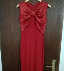 Eleganten midi fustan