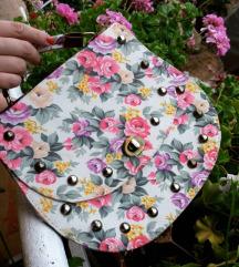 Цветно ташниче