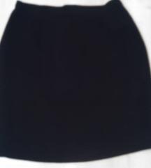 crna klasicna suknja  sega 2 za 100