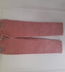 Pantaloni 3 para