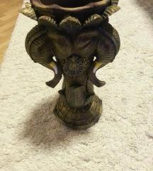 ukrasen slon vazna