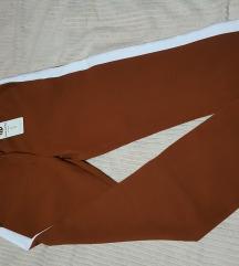 Novi moderni pantaloni S