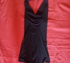 Црн мини фустан