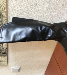 Високи Zara чизми
