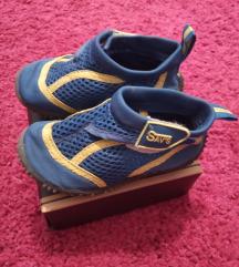 Обувки за во вода