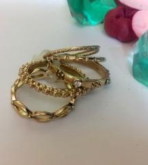 6 пара прстени (златна и сребрена боја)