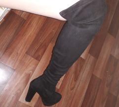 Cizmi nad koleno
