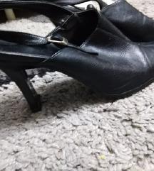 Чевли-сандалки