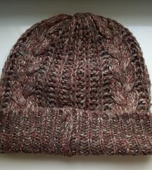 Плетена капа