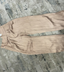 Zara pantaloni letni