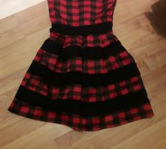 Novo karirano fustance