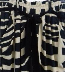 Нови панталони со етикета-Намалено 250/400