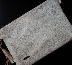Бела плик чанта