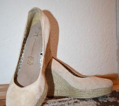 чевли пудра