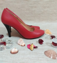 Црвени модерни штикли НОВИ