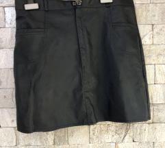 Crna suknja - slicen na eko kozha materijal