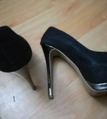 Sveceni sandali