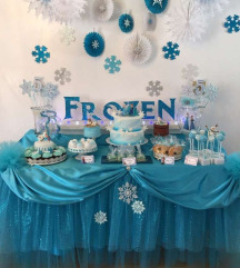 Frozen слатка маса