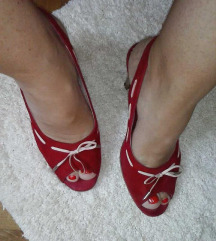 Кожни сандали PEKO