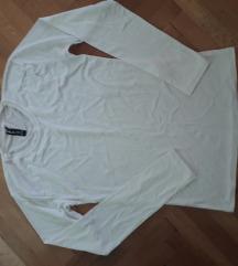 100!!!!bela bluza M