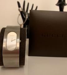 женски часовник Gucci нов