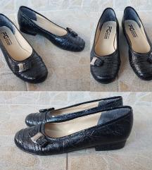 FG   shoes