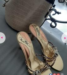 Женски кломпи на штикла