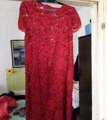 Cipkan crven fustan