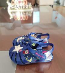 Zaxy flexi mirizlivi sandali br.22-23