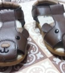 Novi HM sandalcinja br.18-19 500den.