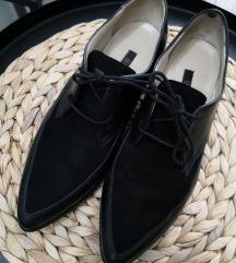 Кожни есенски кондури