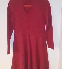 Црвено зимско фустанче