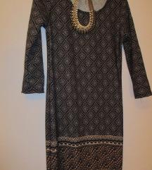 NOV-Eleganten fustan
