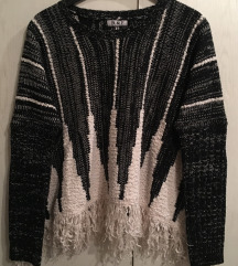 Нов уникатен дебел џемпер
