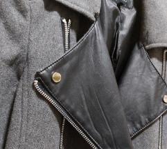 Berska jakna- rezervirana