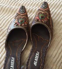 Novi orientalni papuci 38