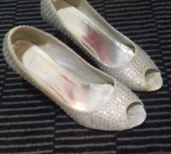 Sandala 36