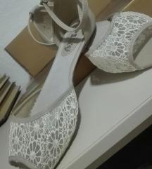 Novi sandali br 41