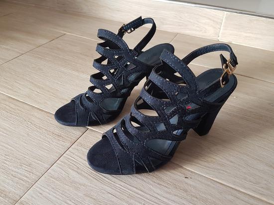 Sandali 3