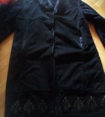 Crna bunda odlichno sochuvana