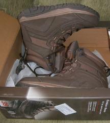 !!! ПОПУСТ !!! 1300 денари !!! WalkMaxx чизми