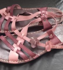 *700*Kozni anatomski sandali KICKERS br.42