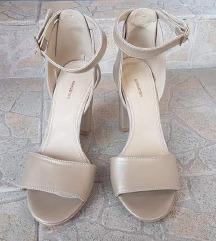 Schuster, novi sandali
