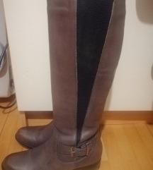 Нови чизми