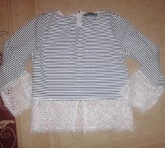 Црно-бела нова блуза