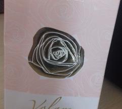 Oriflame parfem nov