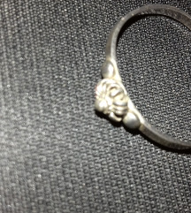 Srebren prsten 925