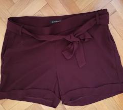 Encuentro полу-свечени кратки панталони
