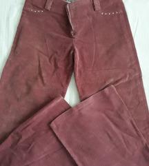 Pantaloni somotni